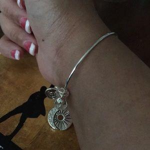 Jewelry - Beautiful Stainless Steel bracelet 💋💋💋